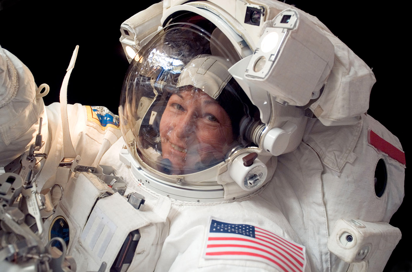 peggy whitson spacewalk closeup
