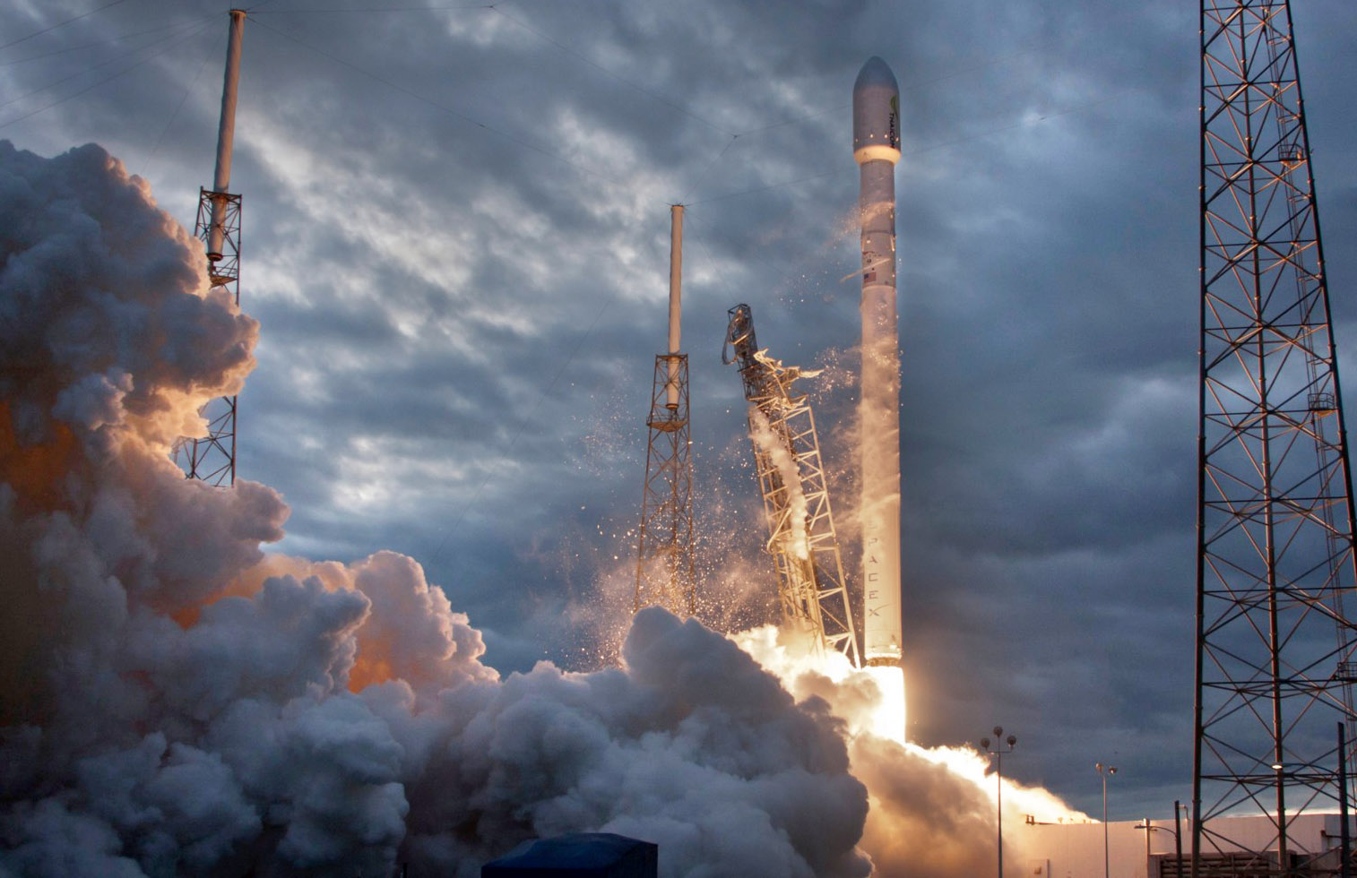 spacex crs17 credit spacex2