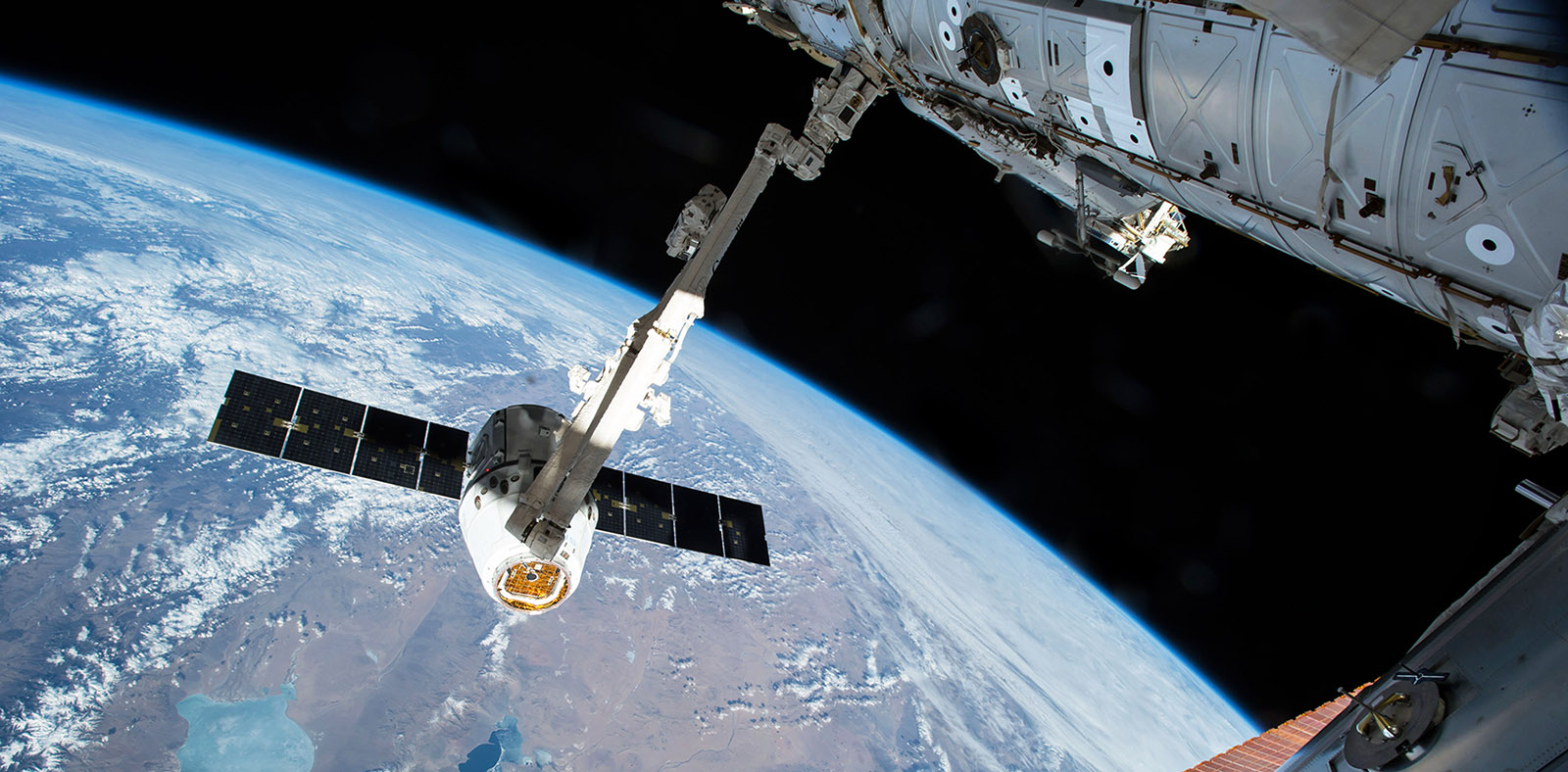 spacex probably spx12 canadarm2 nasa