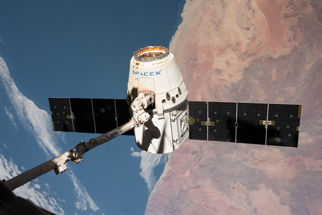 spacex dragon captured actually CRS14 NASA